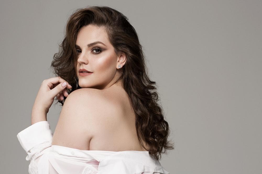 Raphaella Tratsk Lancini modelo plus size 4