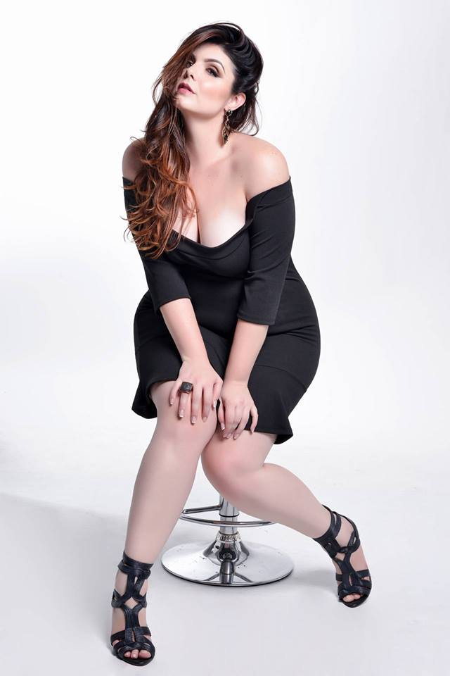 book fashion plus size 2
