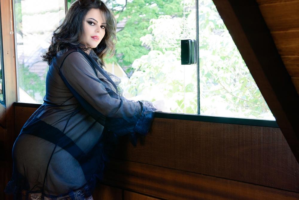 boudoir_plus_size_renata_poskus_adriana_libini_fotografa_modelo_eliane_lameirao