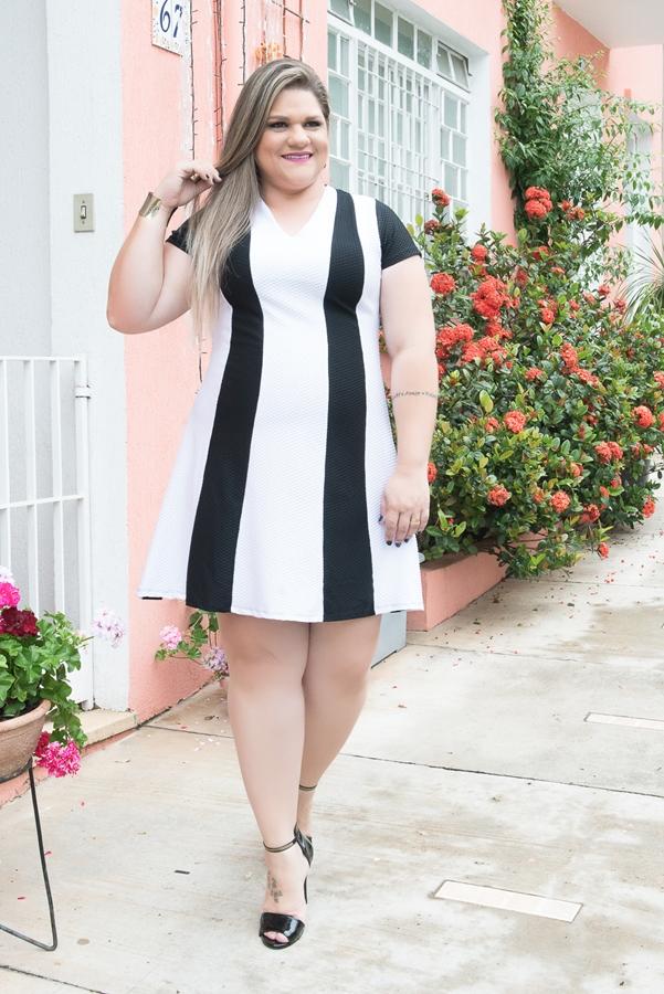 vestido-plus-size-preto-e-branco-1