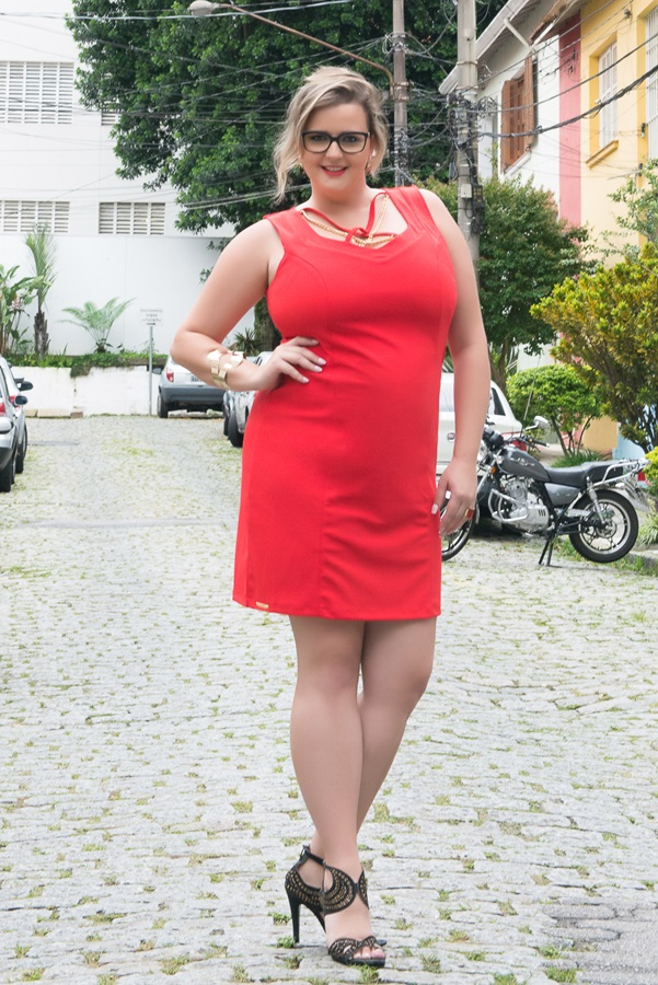 vestido vermelho plus size renata poskus elegance blog mulherao