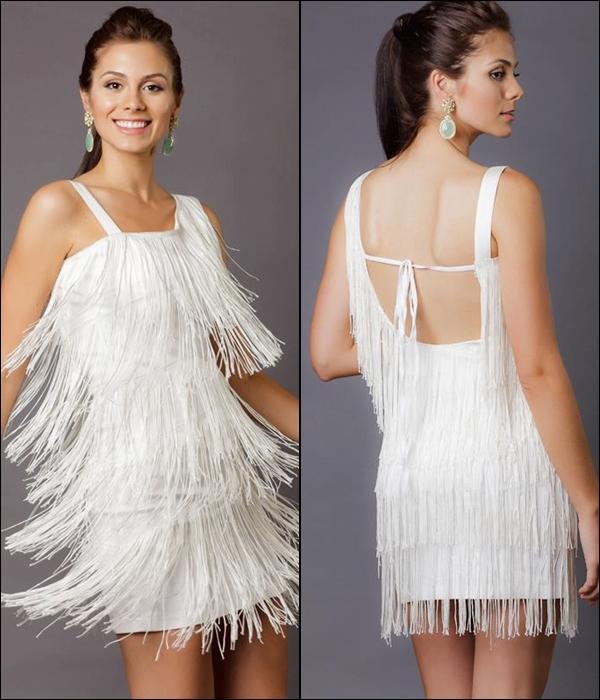 vestido com franjas