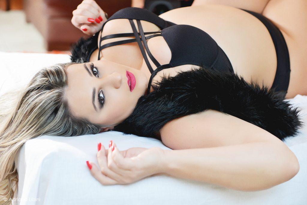 ensaio-sensual-plussize-fernanda-rodrigues-renataposkus-boudoir-blog-mulherao