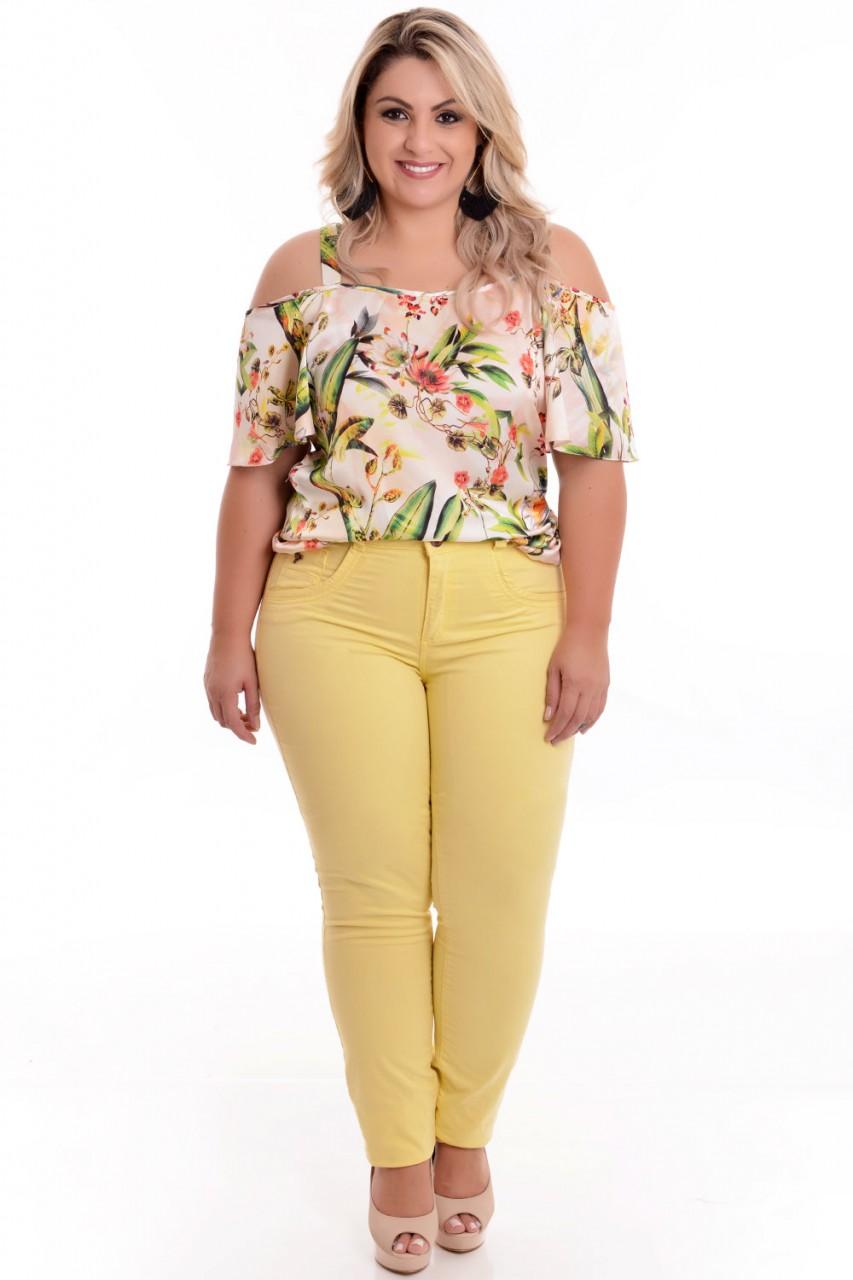 roupa-amarela-plus-size-1