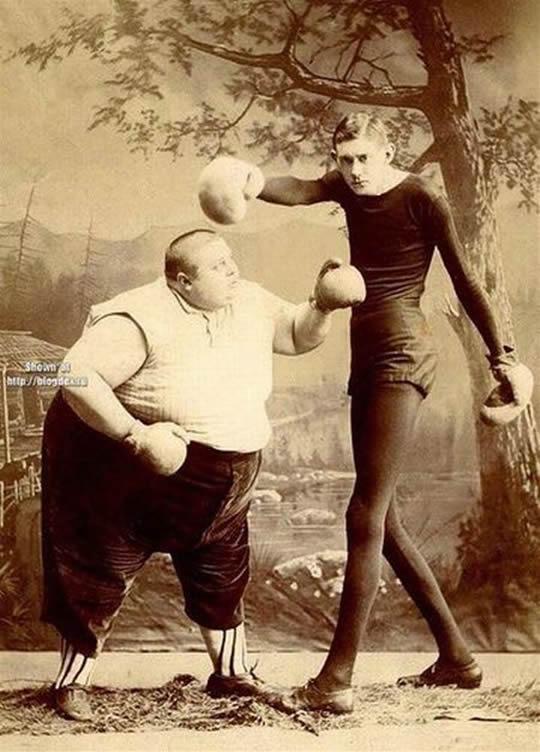 gordo-batendo-no-magrinho-1