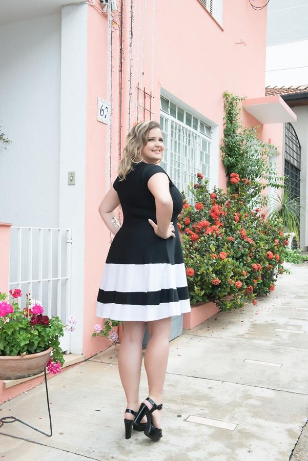 vestido-plus-size-preto-e-branco-5