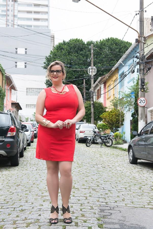 vestido vermelho plus size renata poskus elegance blog mulherao gordinha