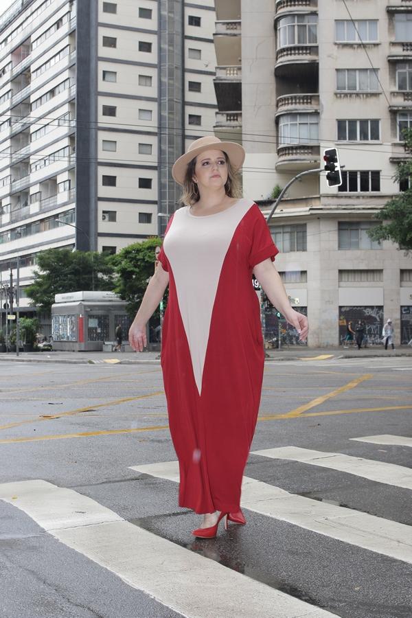 Vestido vermelho plus size UseBossa+55 Blogueira Renata Poskus